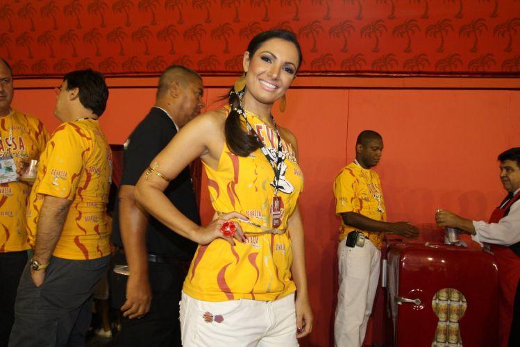 A apresentadora Patrícia Poeta vai acompanhar o 1º dia de desfiles do Carnaval do Rio de Janeiro no camarote de uma cervejaria (06/03/2011)