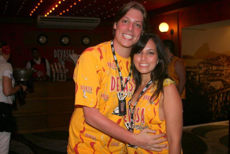 O humorista Fábio Porchat e a esposa (07/03/2011)