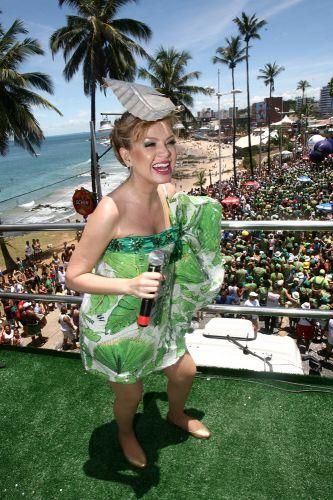 Este é o oitavo ano de Eliana à frente do bloco Happy pelo circuito Barra-Ondina (05/03/2011)