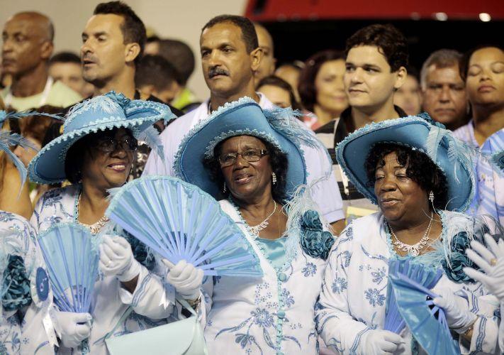 Velha-guarda do desfile da Beija-Flor na Sapucaí (07/03/2011)