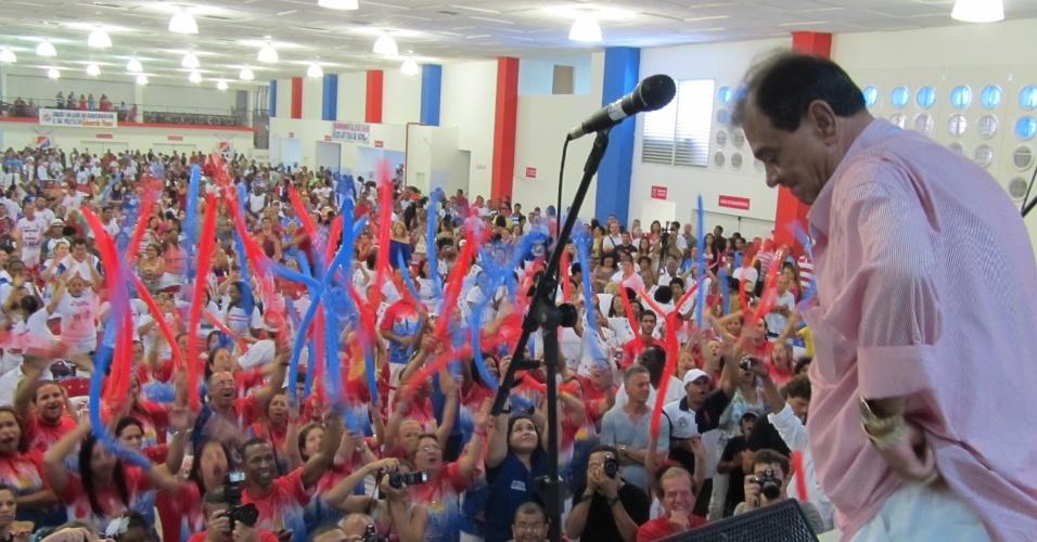 Ney Filardi, presidente da União da Ilha, participa da reinauguração da quadra da escola de samba neste domingo (18/12/11)