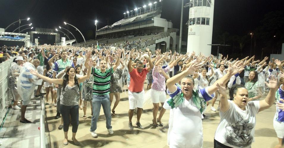 Ensaio técnico da escola Unidos de Vila Maria, no Anhembi (14/1/12)