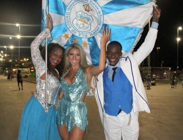 Musa da escola de samba Vila Isabel, Andrea Andrade visita a Cidade do Samba no Rio de Janeiro (03/02/12)