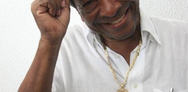 O compositor da velha guarda da escola, Noca da Portela. Noca irá completar 80 anos em 2012 e 36 de Portela (4/2/12)