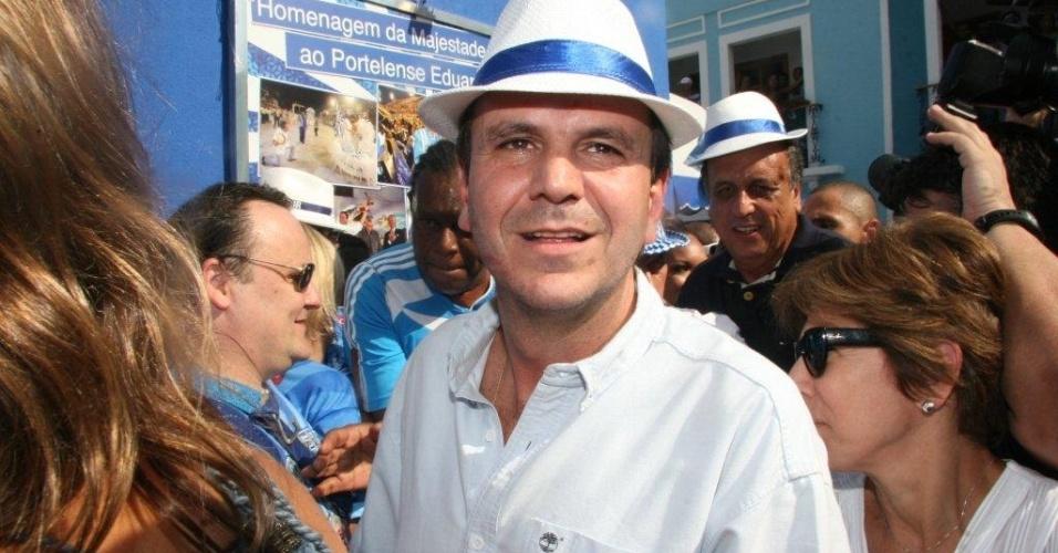 O prefeito do Rio de Janeiro, Eduardo Paes, foi recebido como ?cidadão portelense de honra? na quadra pela presidência da escola e pelo Rei Momo e a Corte Real (4/2/12)
