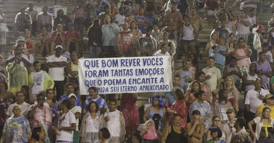 A Beija-Flor fez ensaio no sambódromo do Rio (12/2/12)