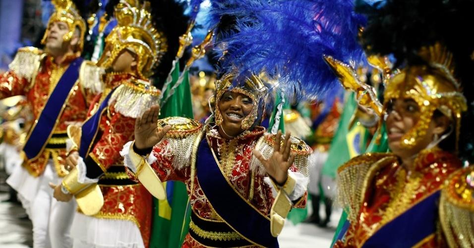 A ala Amor à Pátria no desfile da Camisa Verde e Branco, no Anhembi, em São Paulo (17/2/12)