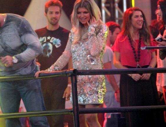 A cantora Fergie, do The Black Eyed Peas, cantou por cerca de uma hora os principais sucessos do grupo americano e também hits da carreira solo. Ela foi acompanhada pelos DJs franceses Mitch LJ e Jack-E no Carnaval Eletrônico do Stage Music Park, em Florianópolis. Essa foi a primeira vez que Fergie se apresentou sem os companheiros de banda no Brasil (17/2/12)