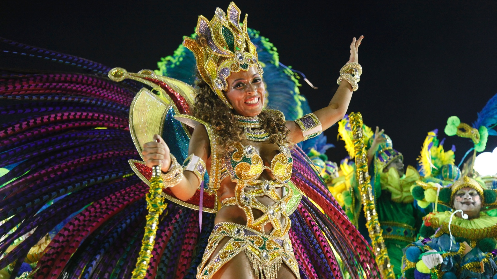 Destaque de carro alegrico samba em desfile da Imperatriz Leopoldinense na Marqus de Sapuca, no Rio (19/2/12)