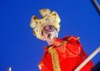 Durval Lélys, do Asa de Águia, canta vestido de rei em Salvador - Coperphoto/UOL