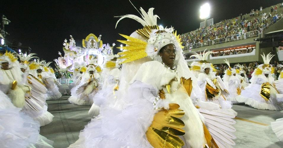 Ala das baianas da Grande Rio, cujo enredo falava de superação (21/2/2012)