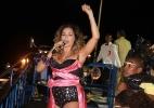 Com figurino preto e rosa, Daniela Mercury anima trio Crocodilo em Salvador - AgNews