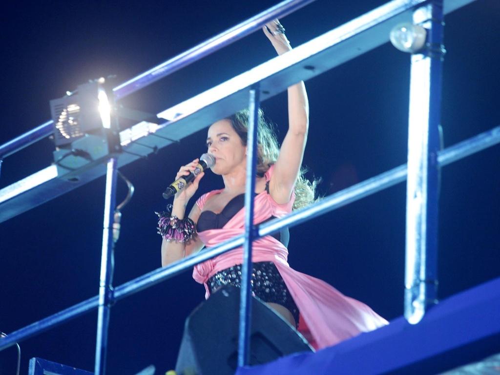 Daniela Mercury faz última apresentação no Carnaval de 2012 no bloco Crocodilo, em Salvador (21/2/12)
