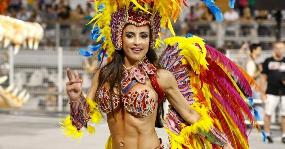 Destaque da Unidos de Vila Maria, que participou do desfile das campeãs no Anhembi, em São Paulo (25/2/2012)