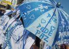 Filhos e filhas de Gandhy desfilam na orla de Salvador (7/03/2011)