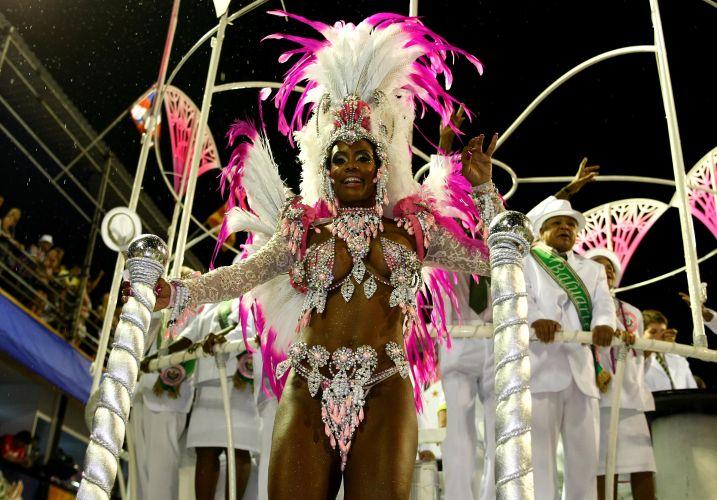 Destaque da Mangueira, escola que neste Carnaval fala sobre Nelson Cavaquinho (06/03/2011)