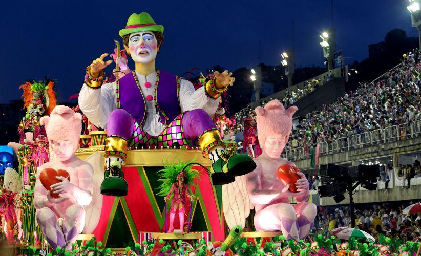 Alegoria da escola desfila no sambódromo carioca, encerrando apresentações da primeira noite do Grupo Especial do Rio (06/03/2011)