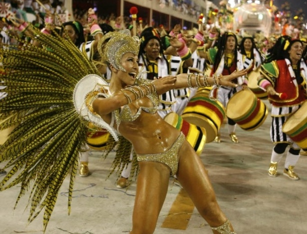 Fotos do desfile das escolas de samba de sp 2011
