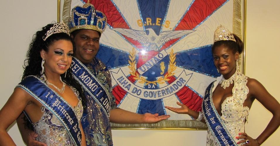 Rei Momo e a corte do Carnaval carioca participam da reinauguração da quadra da escola (18/12/11)