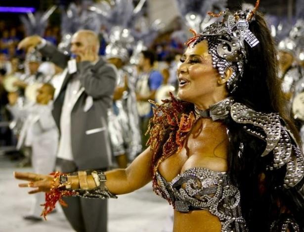 Grávida, Scheila Carvalho, madrinha de bateria da Unidos de Vila Maria, samba na avenida (12/2/10)