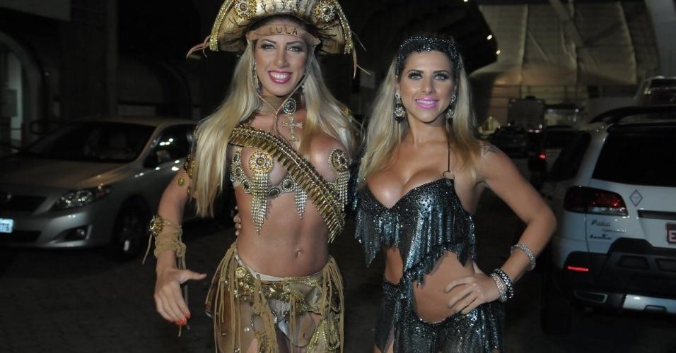 As irmãs Ana Paula e Tati Minerato participam de ensaio da Unidos de Vila Maria em São Paulo no sábado (28/01/12)