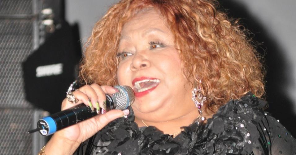 A cantora Alcione fez uma apresentação especial na noite da segunda-feira (30/01/12) na Festa da Purificação em Santo Amaro. Ela cantou no palco Alegria Alegria, comemorando 40 anos de carreira.
