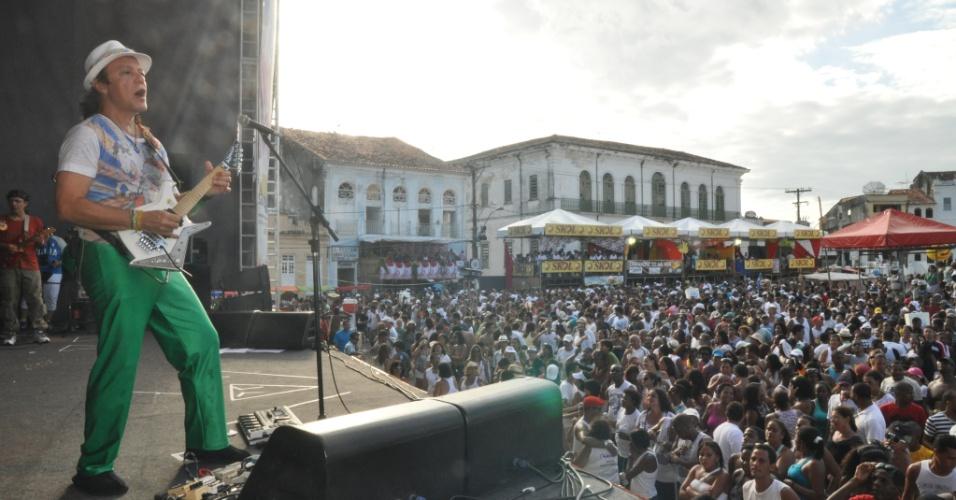 A banda Armandinho, Dodô e Osmar se apresentou no domingo (29/01/12) na Festa da Purificação, na Bahia. A festa é tradicional em Santo Amaro da Purificação, no Recôncavo Baiano, e exalta a padroeira da cidade, Nossa Senhora da Purificação