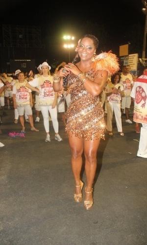 Adriana Bombom participou de ensaio técnico do Salgueiro na Sapucaí (10/02/12)