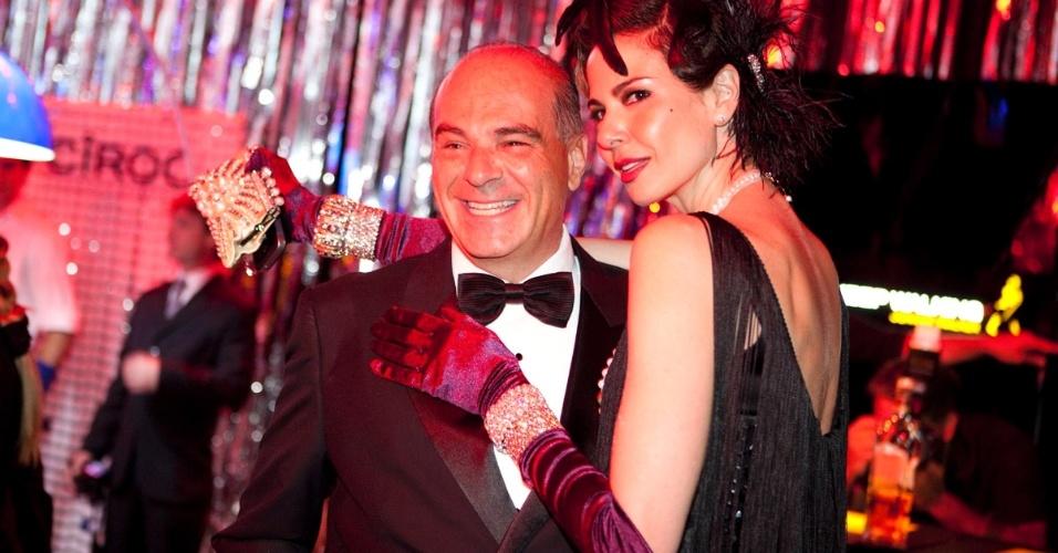 """Marcelo de Carvalho e Luciana Gimenez se divertem no baile de gala da revista """"Vogue"""" (10/2/12)"""