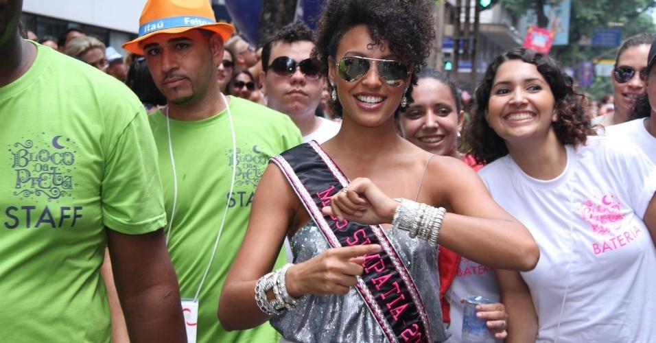 """Sheron Menezes, musa da Portela, participou do """"Bloco da Preta"""", comandado pela cantora Preta Gil, no Rio de Janeiro (12/2/12)"""