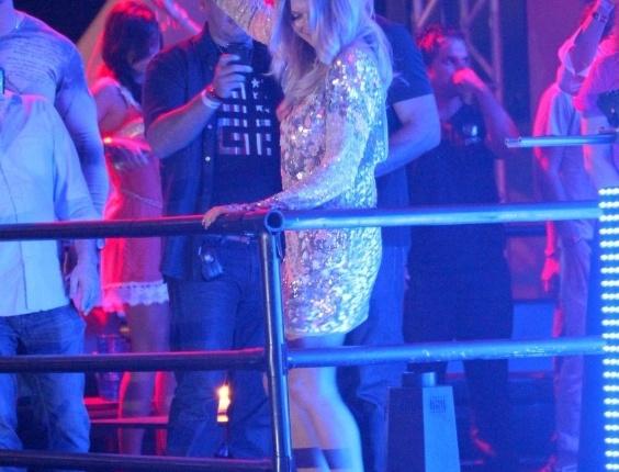 A cantora Fergie, do Black Eyed Peas, curte Carnaval Eletrônico do Stage Music Park, em Florianópolis (17/2/12)