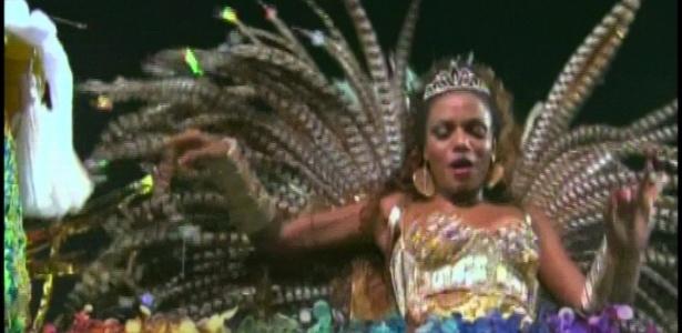 A atriz Quitéria Chagas é madrinha da bateria da Unidos de Vila Maria e brilha em desfile no Anhembi na madrugada de domingo em São Paulo (19/2/12)