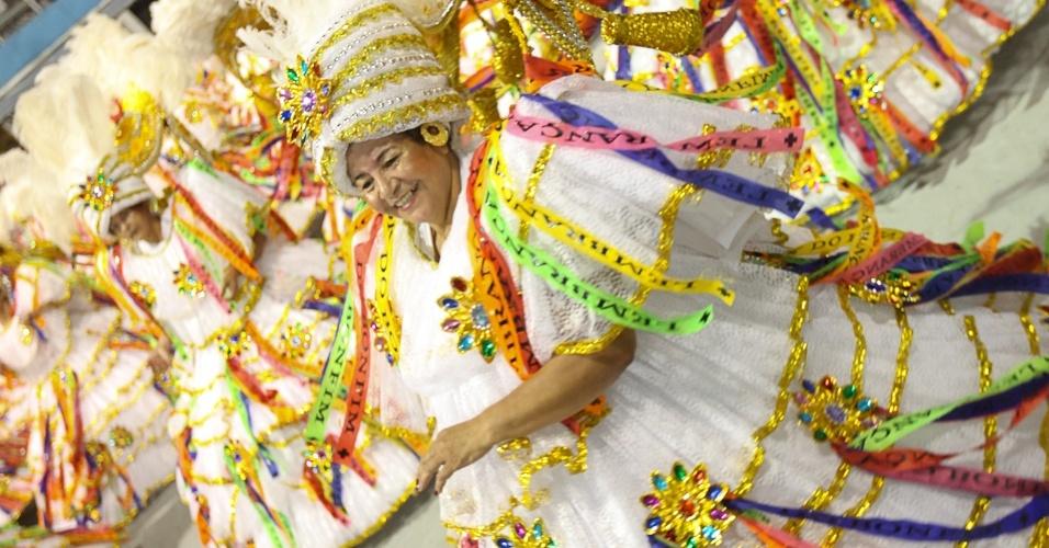 Ala da escola de samba Águia de Ouro fez homenagem à Bahia, terra de origem dos tropicalistas dos Novos Baianos (19/2/2012)