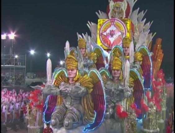 Carro abre-alas da Tom Maior, cujo enredo pede paz na Terra aos homens de boa vontade (19/2/2012)