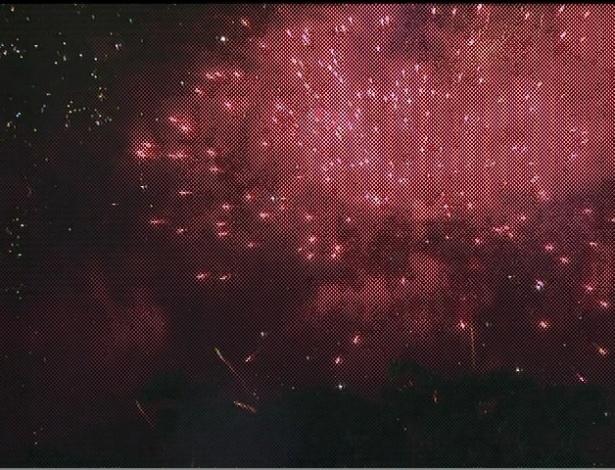 Fogos anunciam entrada da Gaviões da Fiel na Avenida (19/2/2012)