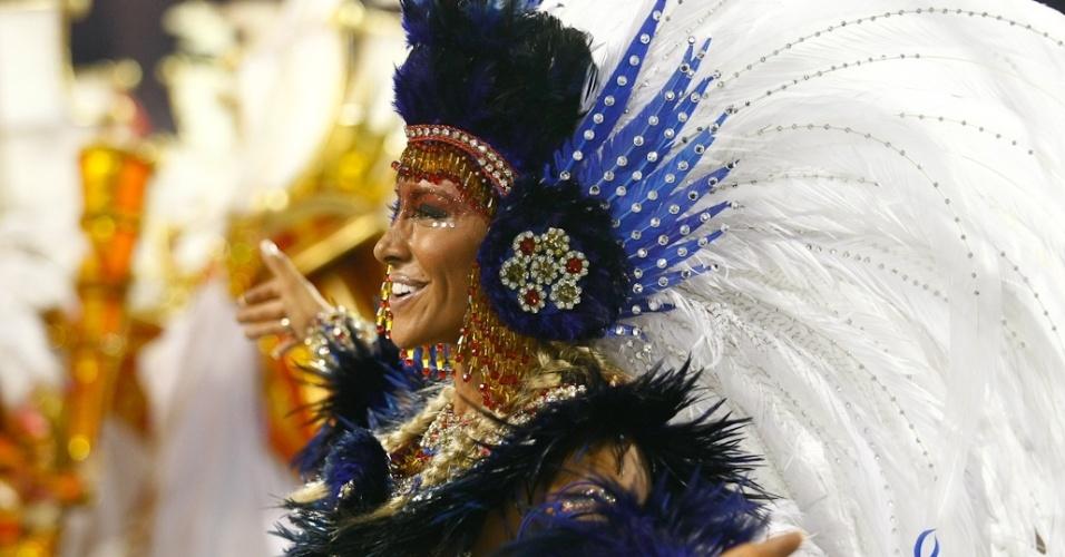 Madrinha da Pérola Negra, Jaque Khury samba na avenida (18/2/12)