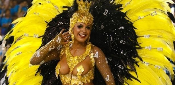 Lanna Moraes, da Mocidade Alegre, escola de samba cujo enredo se inspira no livro
