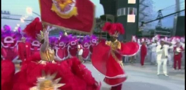 Waguinho e Lídia são casal de honra de mestre-sala e porta-bandeira da Tom Maior (19/2/2012)