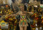 Luiza Brunet é demitida do cargo de rainha de bateria da Imperatriz Leopoldinense - Marco Antonio Teixeira/UOL