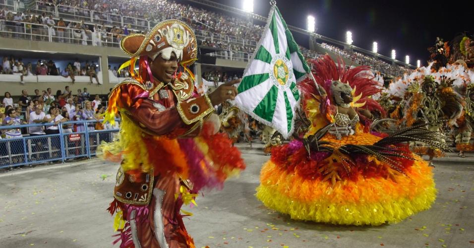 Casal de mestre-sala e porta-bandeira da Mocidade Independente de Padre Miguel (20/2/12)