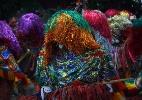 Encontro de Maracatus de Baque Solto leva brilho e emoção à Cidade Tabajara, em Olinda - Geyson Magno/UOL