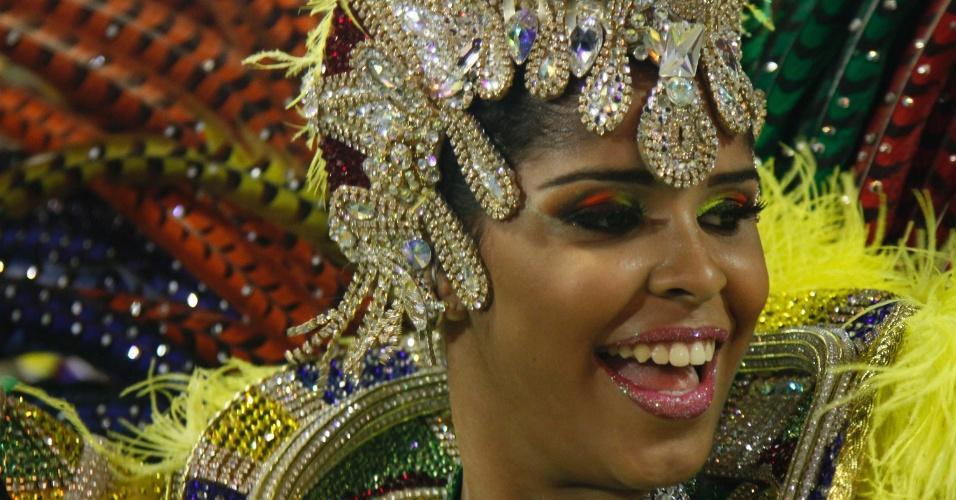 Passista samba no desfile da Imperatriz Leopoldinense na Sapucaí, no Rio (19/2/12)