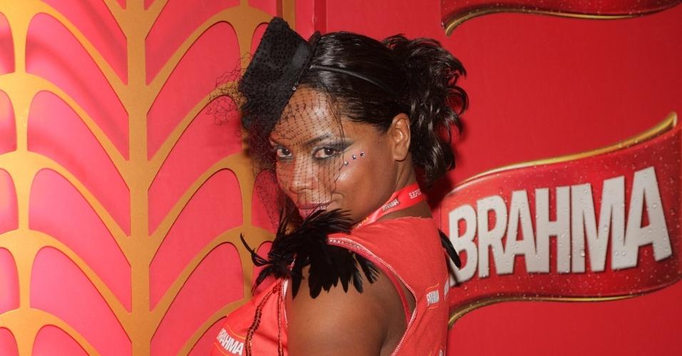 """A repórter do """"TV Fama"""" Adriana Bombom"""