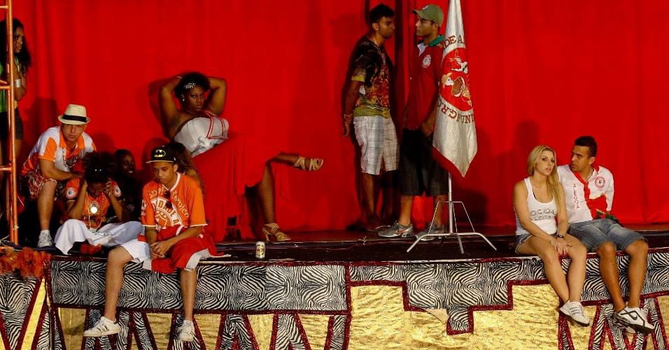 Após adiamento do resultado da apuração do Carnaval, Mocidade cancela festa (21/2/12)