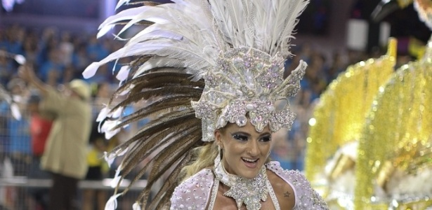 Destaque da Mocidade Alegre, que homenageia o universo de Jorge Amado em desfile no Anhembi, na madrugada de domingo(19/2/12)