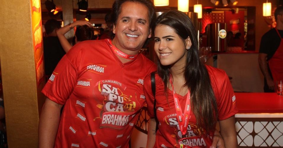 O cantor Orlando Moraes e a filha Antônia