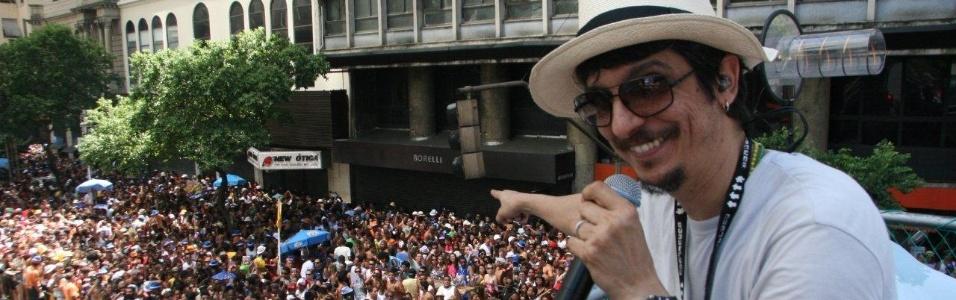 RIO DE JANEIRO: Monobloco encerra Carnaval arrastando multidão pelo Centro. (Foto: Zulmair Rocha/UOL)