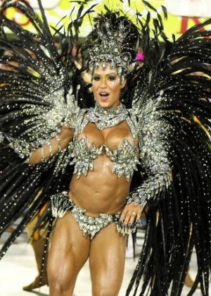 Rainha da bateria, Gracyanne Barbosa desfila pela Unidos da Tijuca, campeã do Carnaval (26/2/2012) - Marcelo de Jesus/UOL